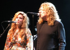 Alison Krauss and Robert Plant at Starlight Theater in Kansas City.