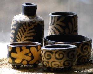 Modern-day Lenca pottery is known for its creamy patterns on black.