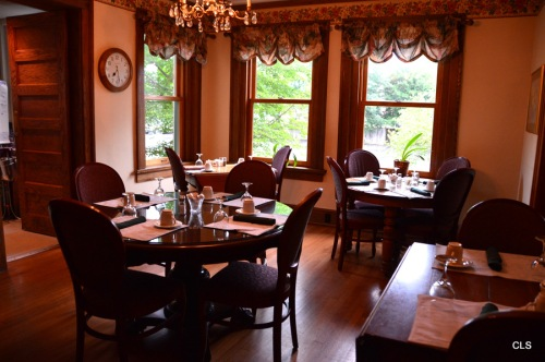 Breakfast Room at the Inn at 835 in Springfield, Illinois.