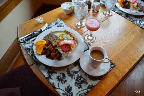 Breakfast at the Inn at 835, Springfield, Illinois.